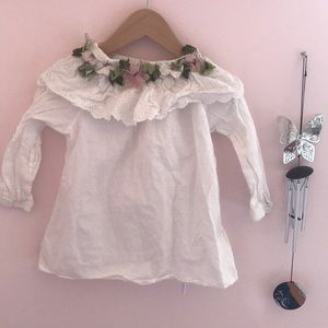 Other - Peasant flower top on or off the shoulders
